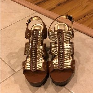 Candies Wedges size 9.5
